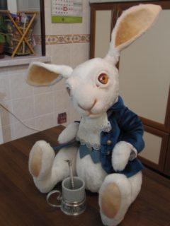 """Кролик из """"Алисы в стране чудес"""" Сказки Игрушки на заказ по фото, рисункам. Шьем от 1 шт."""