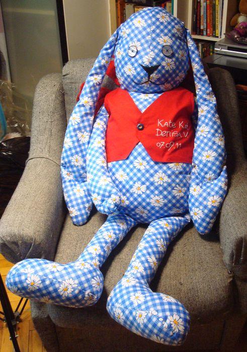 Заяц по эскизу для Дениса Большие игрушки Игрушки на заказ по фото, рисункам. Шьем от 1 шт.